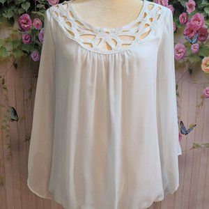 New Directions Embroidered Blouse Size L